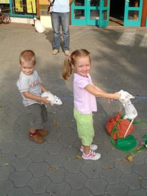 gyerekek a tokokkel_450x600